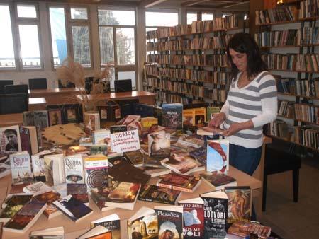 knjige-na-dar-biblioteci